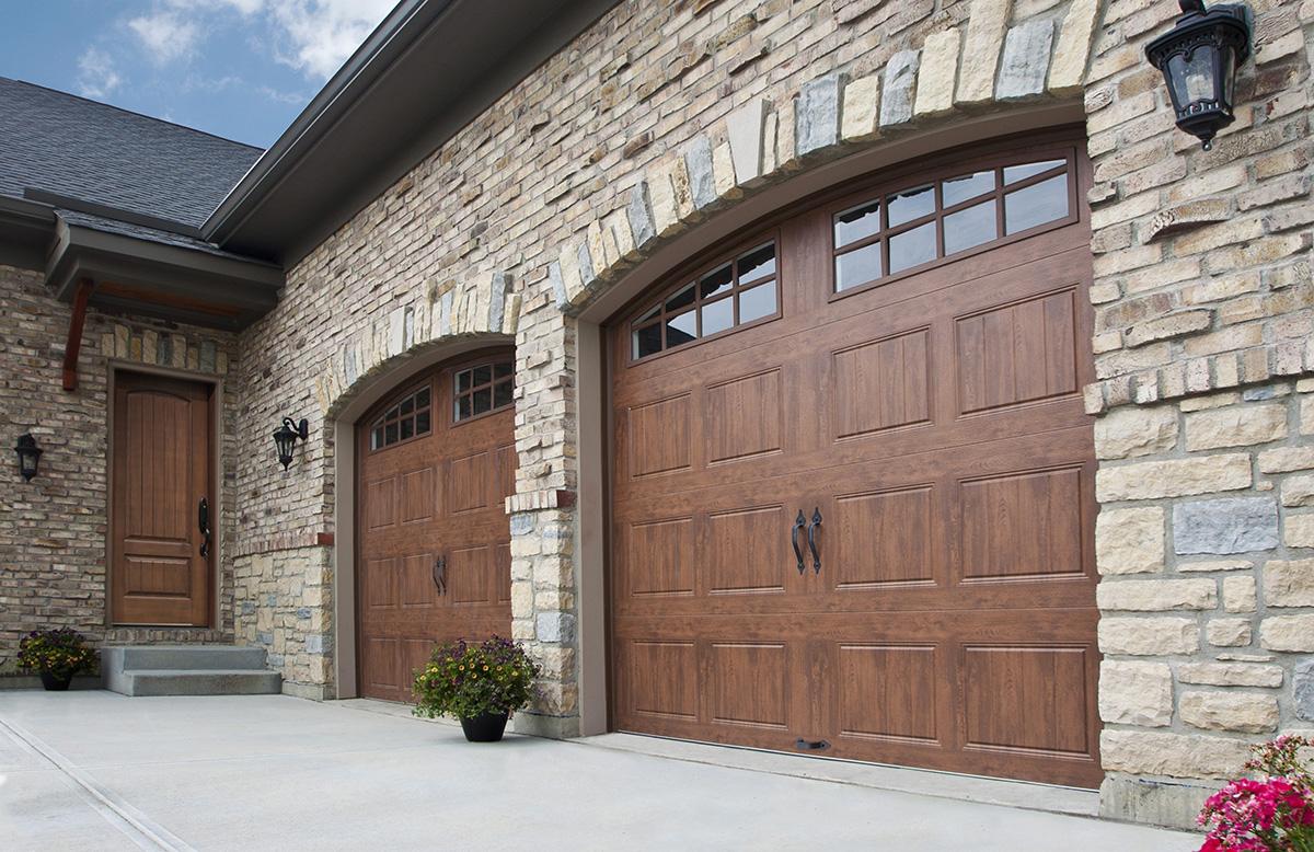 Residential Garage doors - Mckee Horrigan Inc. Mississauga